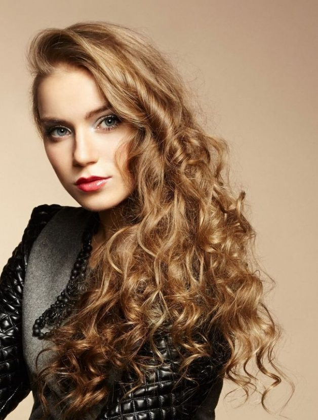 long curly hair style for party