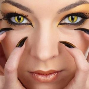 How to Select Perfect Halloween Contact Lenses