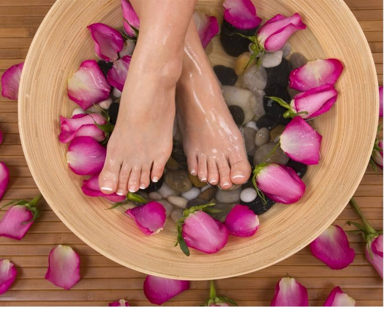 All about Foot Makeup and Care