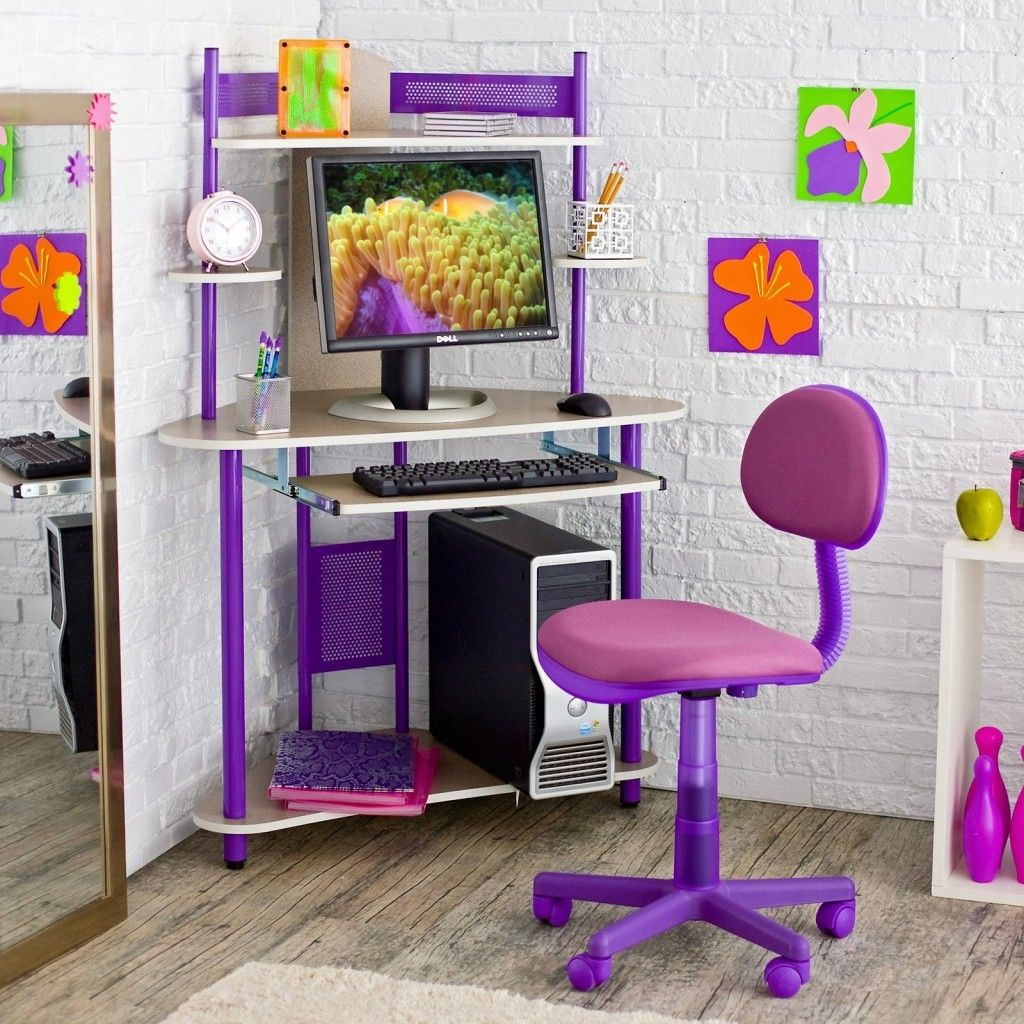 Chairs & Desks for Small Spaces