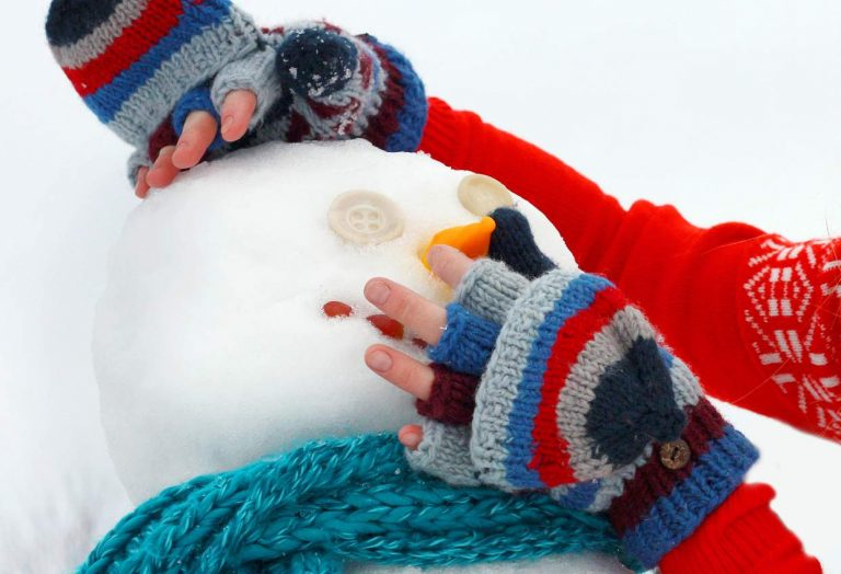 5 Fantastic Creations to Build From Snow in a Winter Wonderland