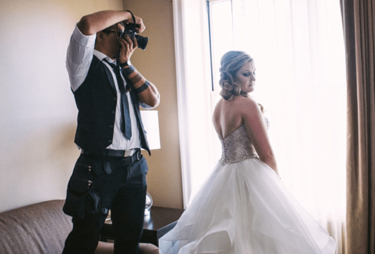 10 Tips to Hire Best Wedding Photographers